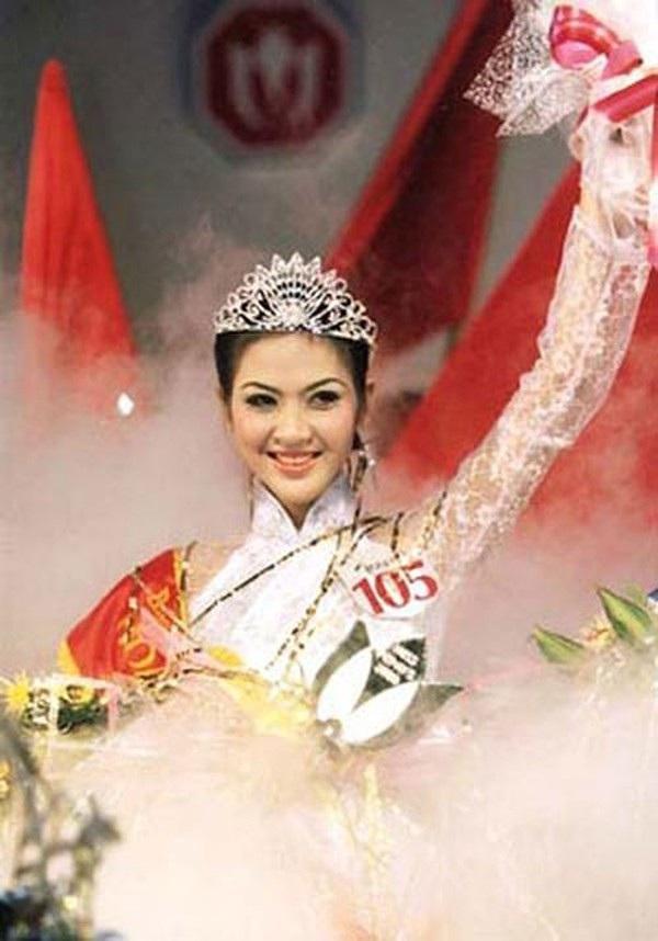 Phan Thu Ngan - Miss Vietnam 2000