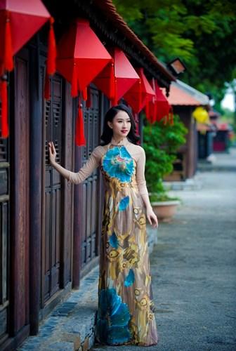 Miss Ha Thu - Beautiful Vietnamese Women